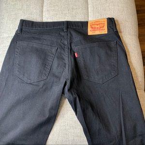 Levi's 559 Black Jeans 33x30 Like New